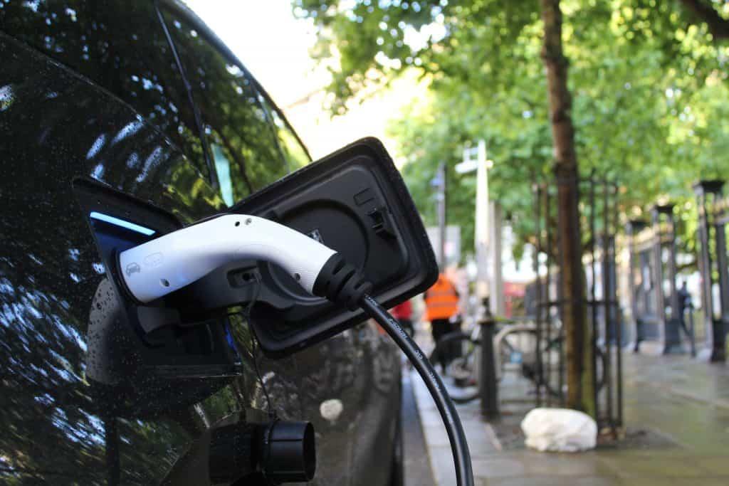 véhicule electrique rechargeable